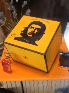 Capsa de cigars habans de luxe amb la imatge icònica del Che Guevara