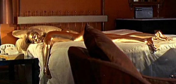 Shirley_Eaton_as_Jill_Masterson_in_Goldfinger