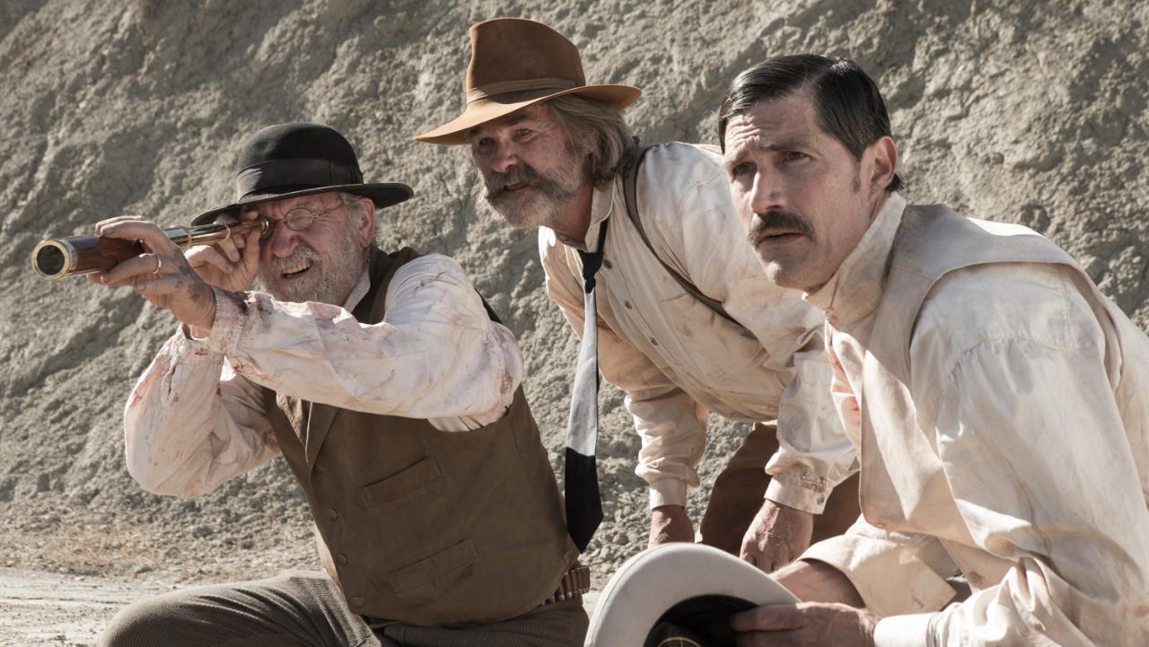 Imatge del film Bone Tomahawk, amb tres dels actors protagonistes.